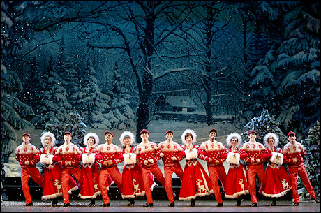 PHOTO CALL: Snow Falls on Broadway in White Christmas | Playbill